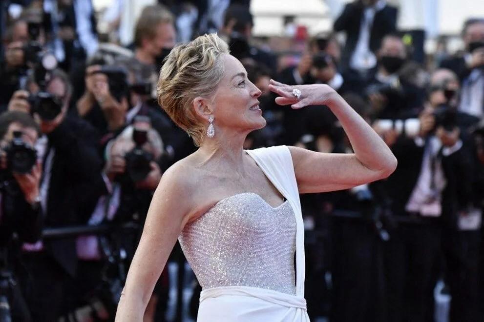 74. Cannes Film Festivali kırmızı halısında yıldızlar geçidi