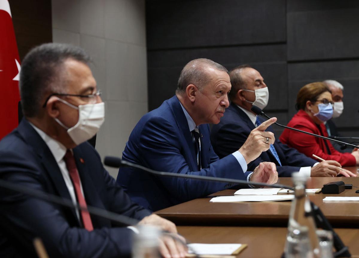 Cumhurbaşkanı Erdoğan müjdeyi açıkladı! KKTC'ye Cumhurbaşkanlığı Külliyesi yapılacak
