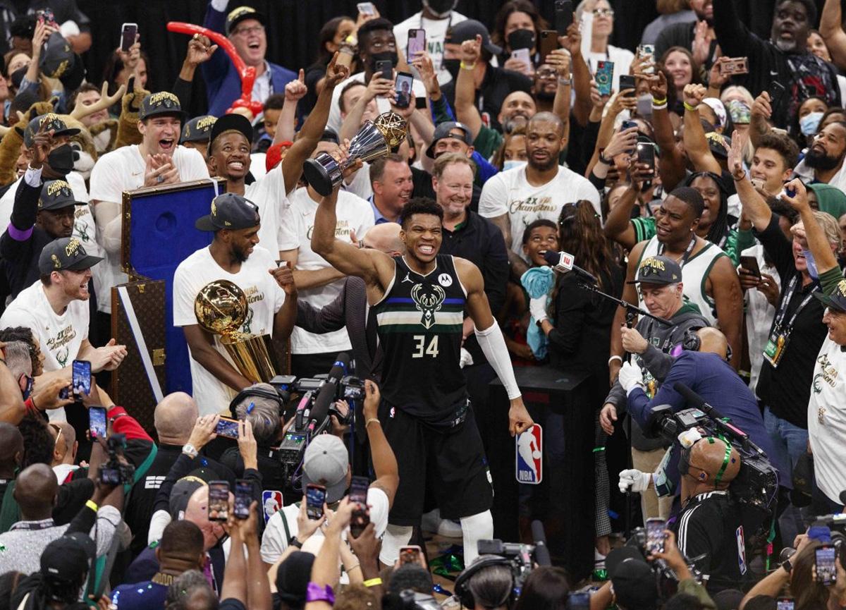 Milwaukee Bucks, 50 yıl sonra NBA şampiyonu oldu