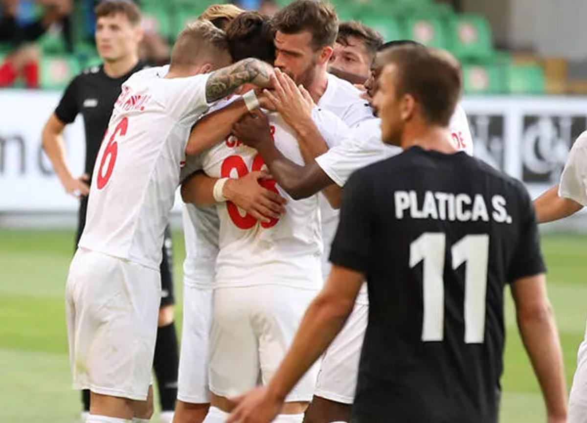 Sivasspor tur kapısını araladı! Deplasmanda Petrocub'ı 1-0'la geçti