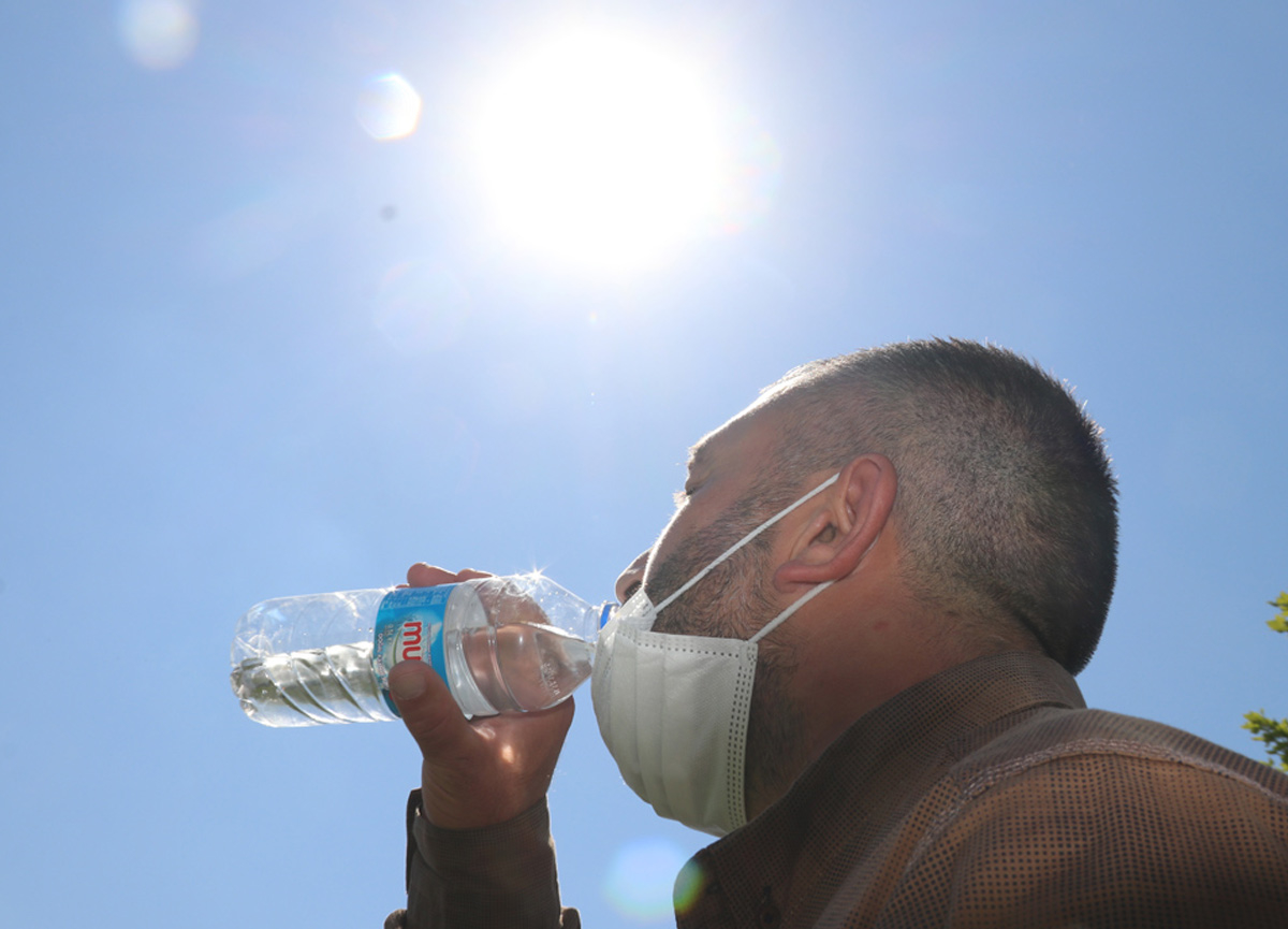 Meteoroloji'den sıcak hava uyarısı: 3 bölgede sıcaklık 8 dereceye kadar artacak