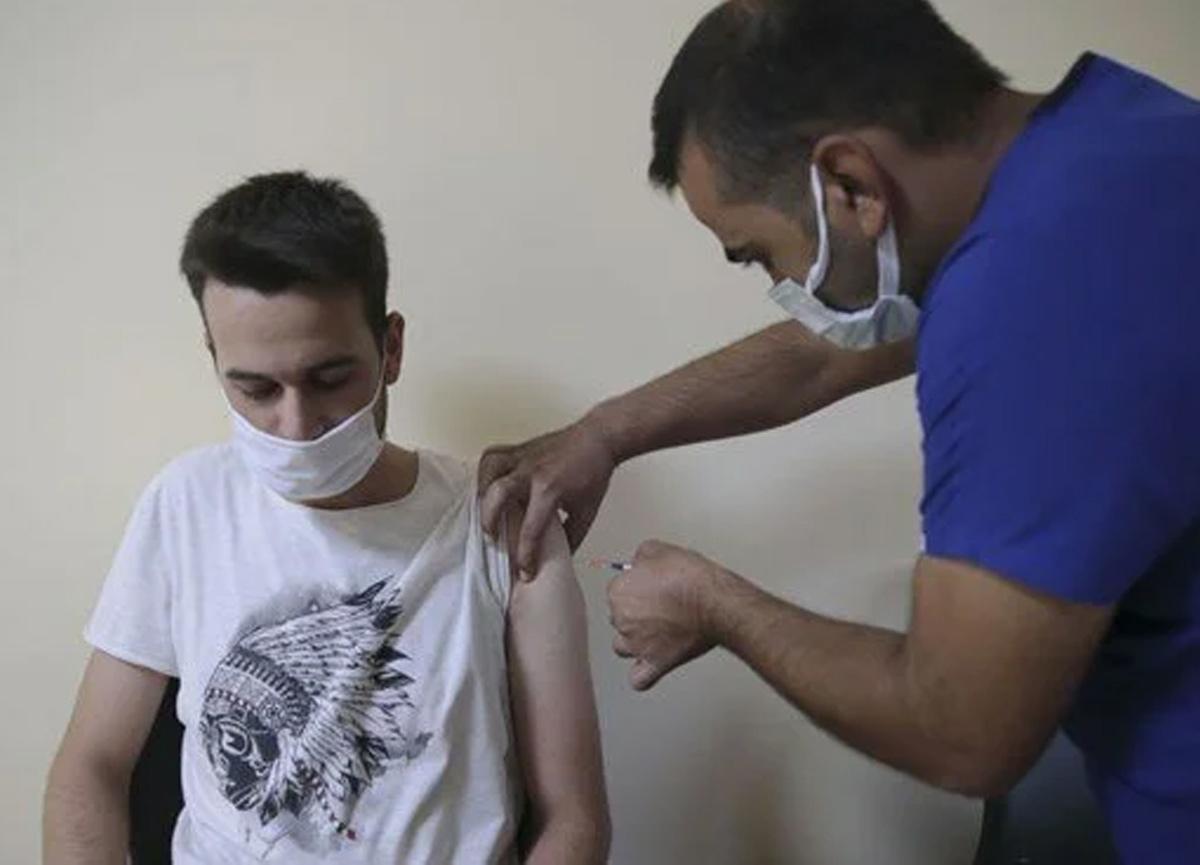 Pozitif ayrımcılık yolda: Aşısız memura her hafta test