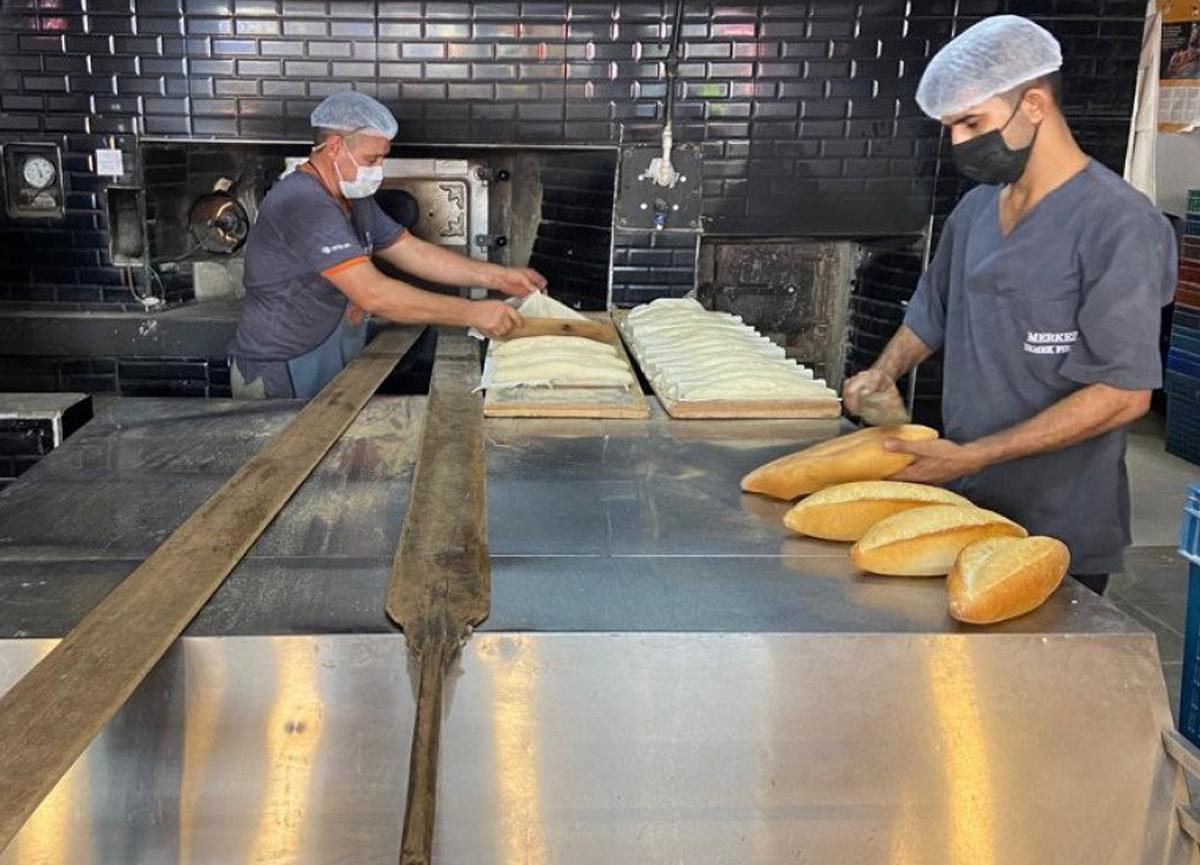 İstanbul'un 6 ilçesinde 'aşı olmayana fırından ekmek satmama' kararı