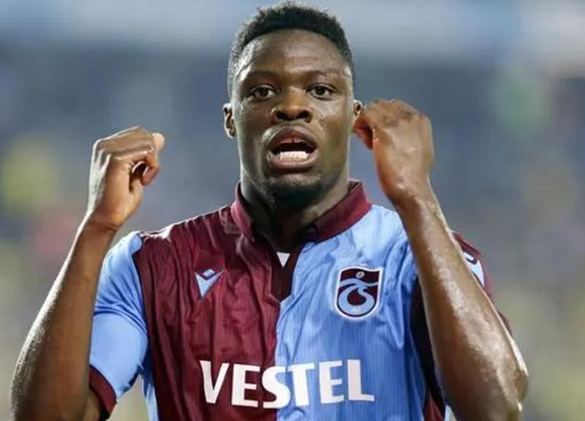 Trabzonsporlu Ekuban Genoa ile anlaştı