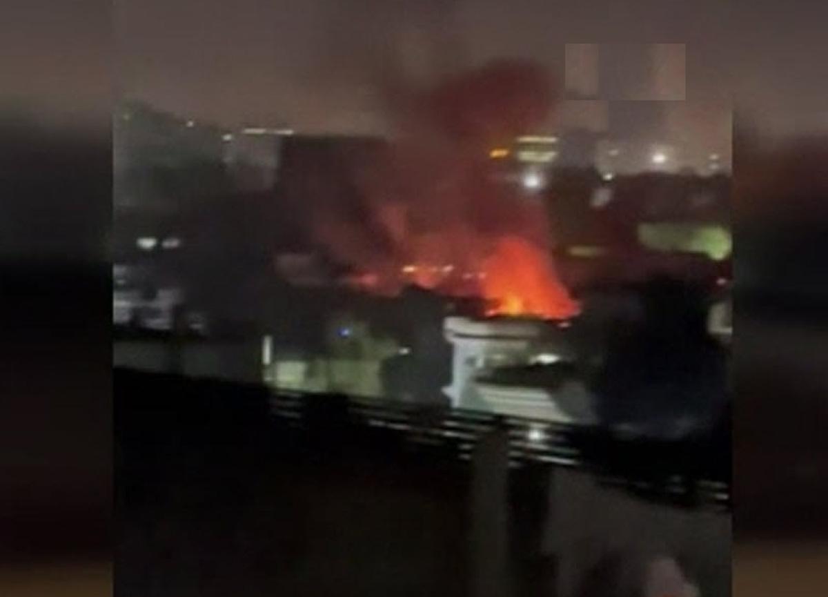 Afganistan Savunma Bakanı Bismillah Mohammadi'nin evinin yakınlarında büyük patlama