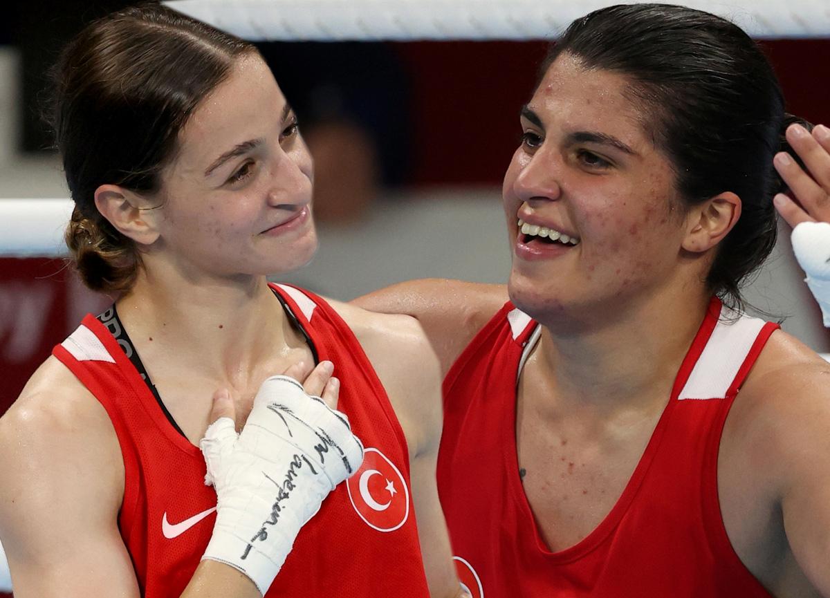 Altın madalyaya bir adım kaldı: Buse Naz Çakıroğlu ve Busenaz Sürmeneli Tokyo 2020'de tarih yazdı