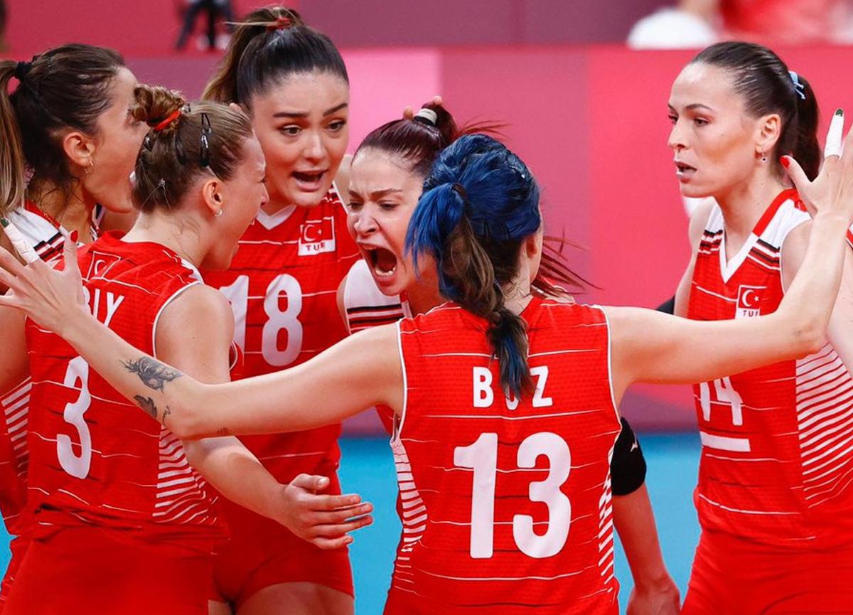 Mücadeleniz yeter: Filenin Sultanları çeyrek finalde Güney Kore'ye 3-2 mağlup oldu