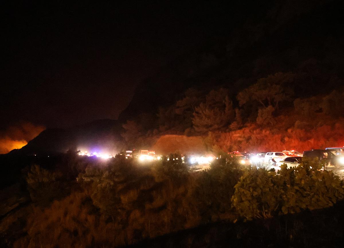 Muğla Kemerköy Termik Santrali'ndeki yangın 11 saatte kontrol altına alındı