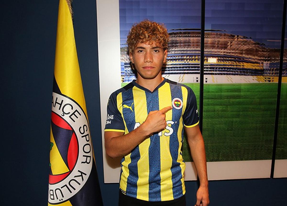 Fenerbahçe, Çağtay Kurukalıp'ı renklerine bağladı