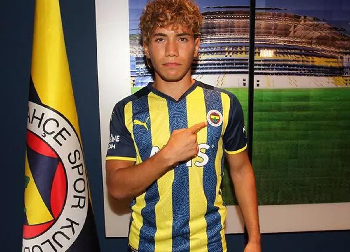Çağtay Kurukalıp kimdir? Fenerbahçe'nin yeni transferi Çağtay Kurukalıp kaç yaşında?