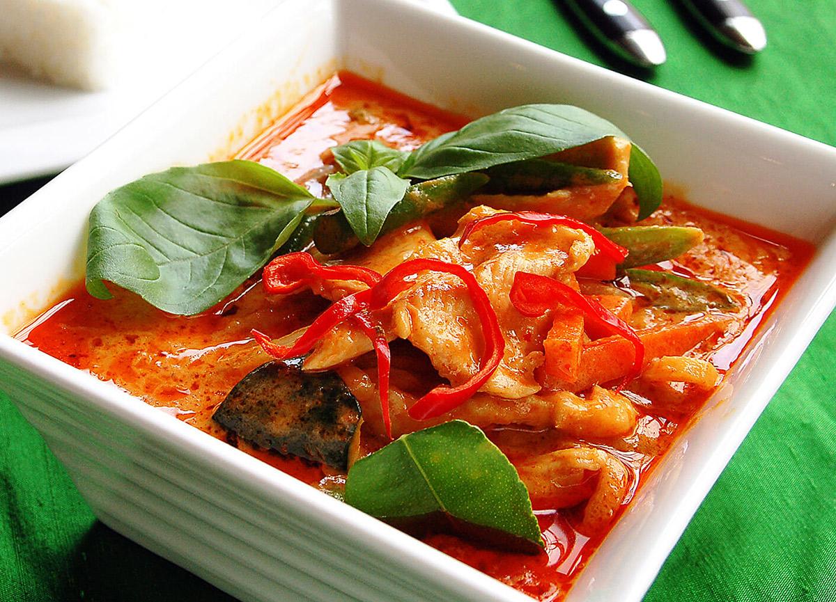 Köri soslu ördek nasıl yapılır? 5 Ağustos MasterChef 2021 Tayland usulü kırmızı köri soslu ördek tarifi