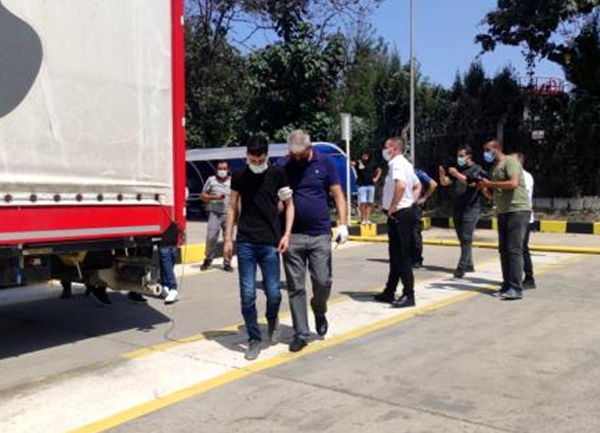 Bulgaristan'a gitme vaadiyle TIR'a bindirilen mülteciler fabrikada indirildi