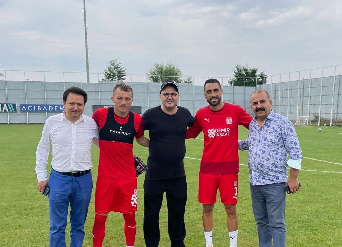 Şafak Sezer'den Sivasspor idmanını ziyaret