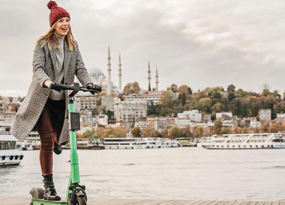 İBB'den yeni kurallar! E-scooter'da yeni dönem