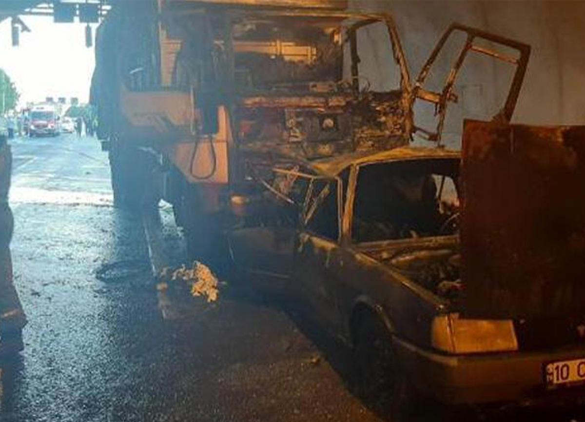 İzmir-Aydın Otoyolu'nda feci kaza! 4 ölü, 2 yaralı