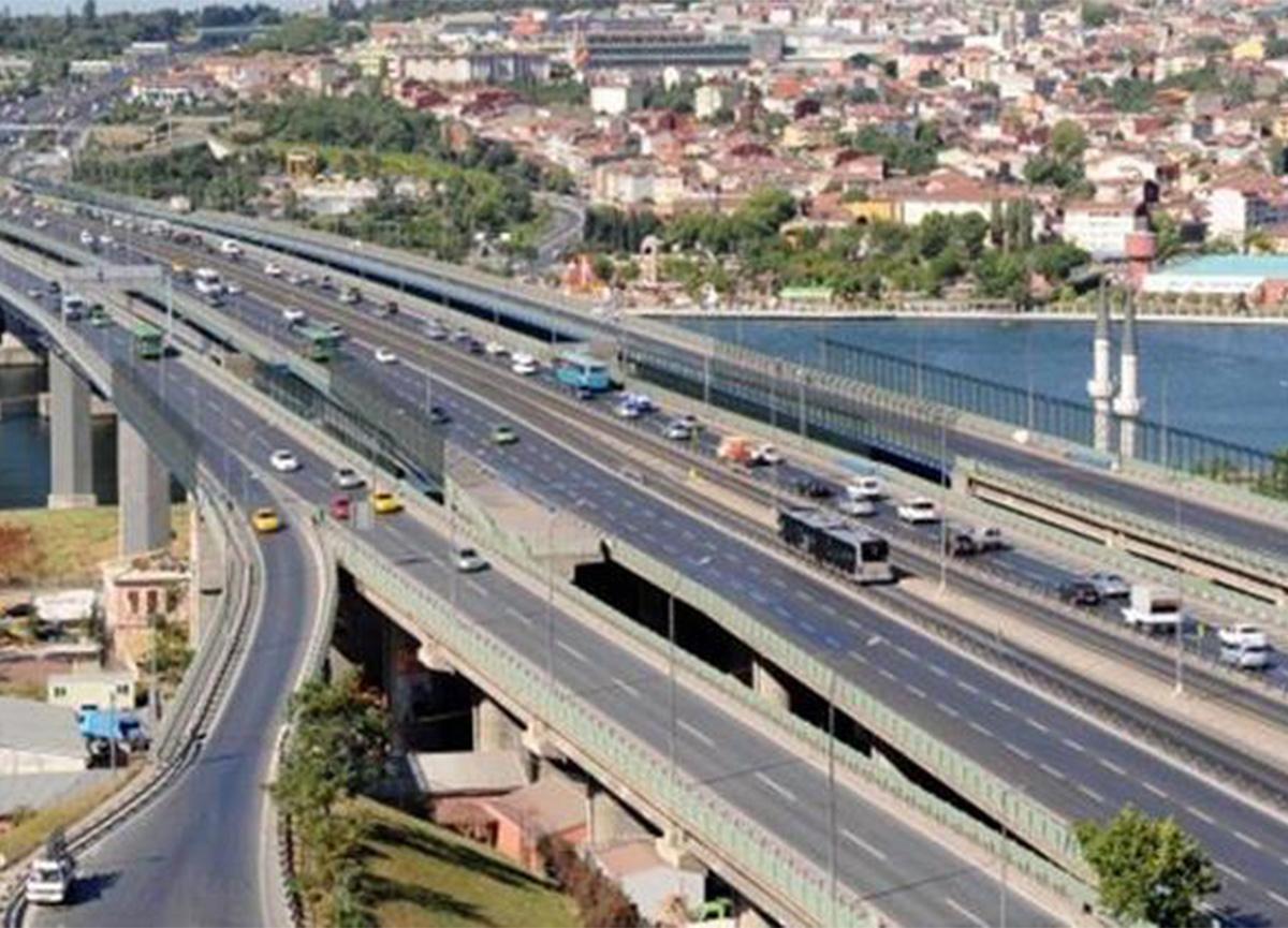 İstanbul'da 30 Ağustos provası ve töreni nedeniyle bu yollar trafiğe kapatılacak!