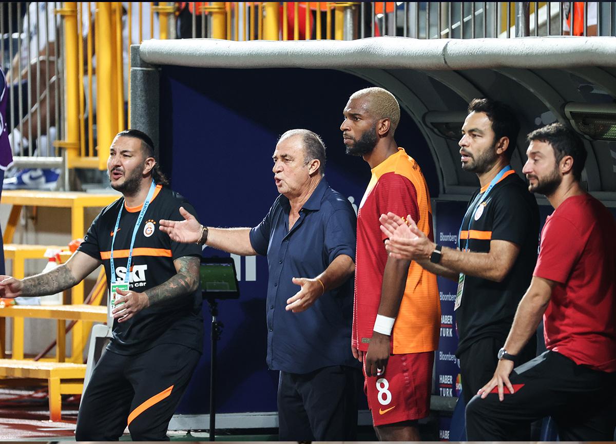 Kasımpaşa-Galatasaray: 2-2 MAÇ SONUCU