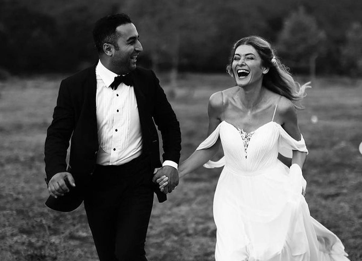 Evlilik yıl dönümünü unutan Onur Buldu eşinden affını istedi