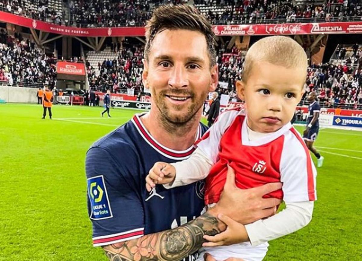 Messi'nin ilk maçında bu görüntü karşılaşmanın önüne geçti: Rakip kaleci yanına koştu ve...