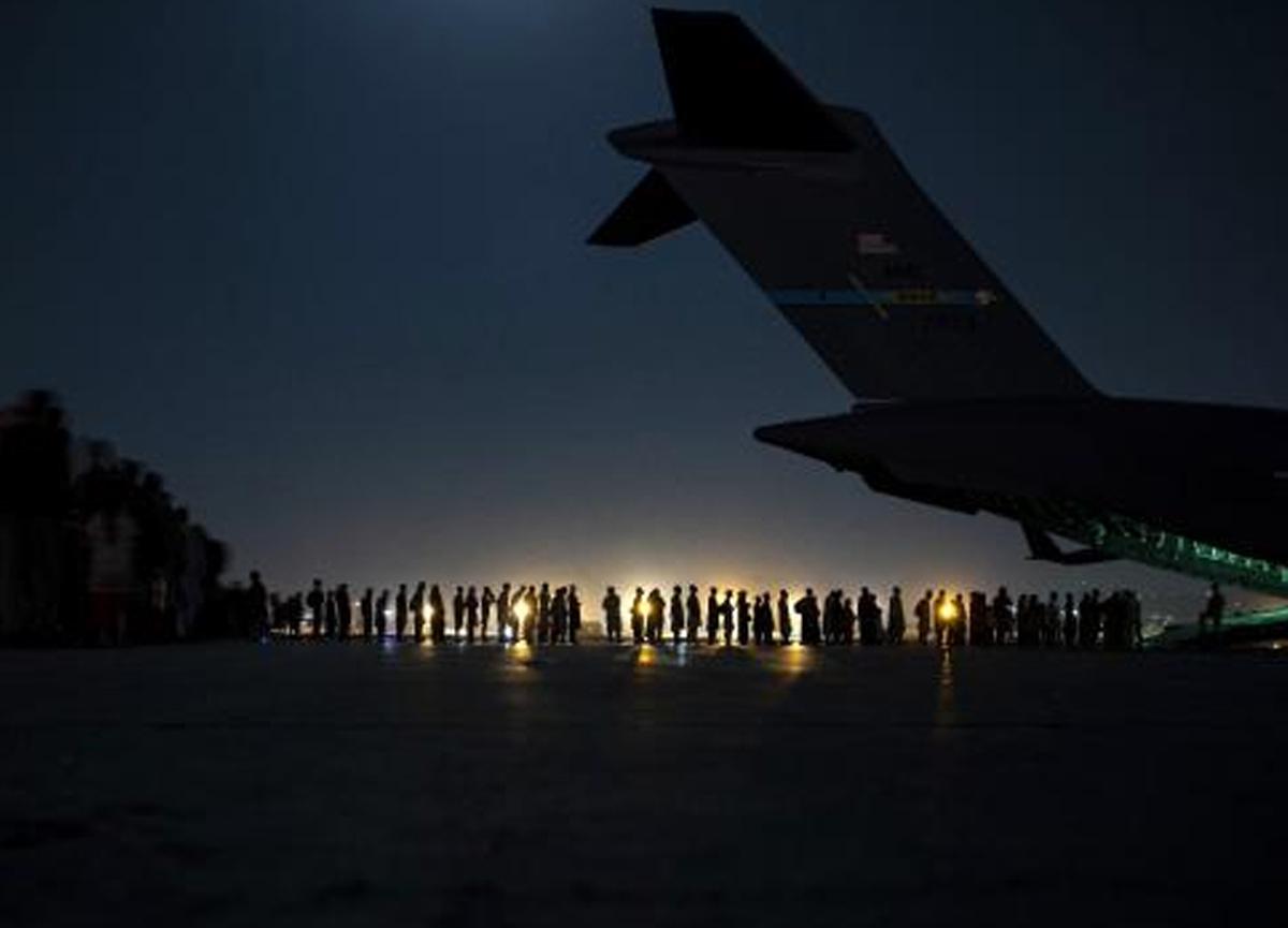 ABD 2 haftada Afganistan'dan 116 bin 700 kişiyi tahliye etti