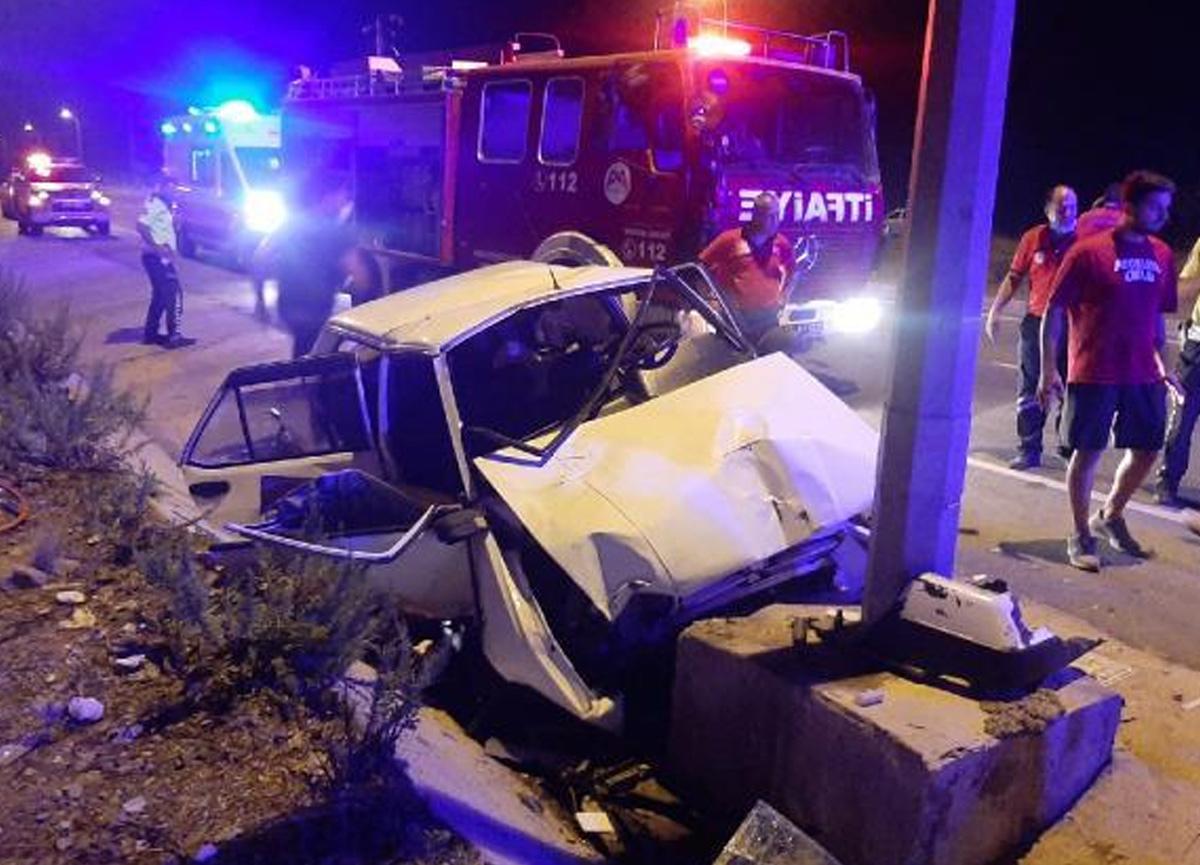 Mersin'de feci kaza! 2 ölü, 3 yaralı var
