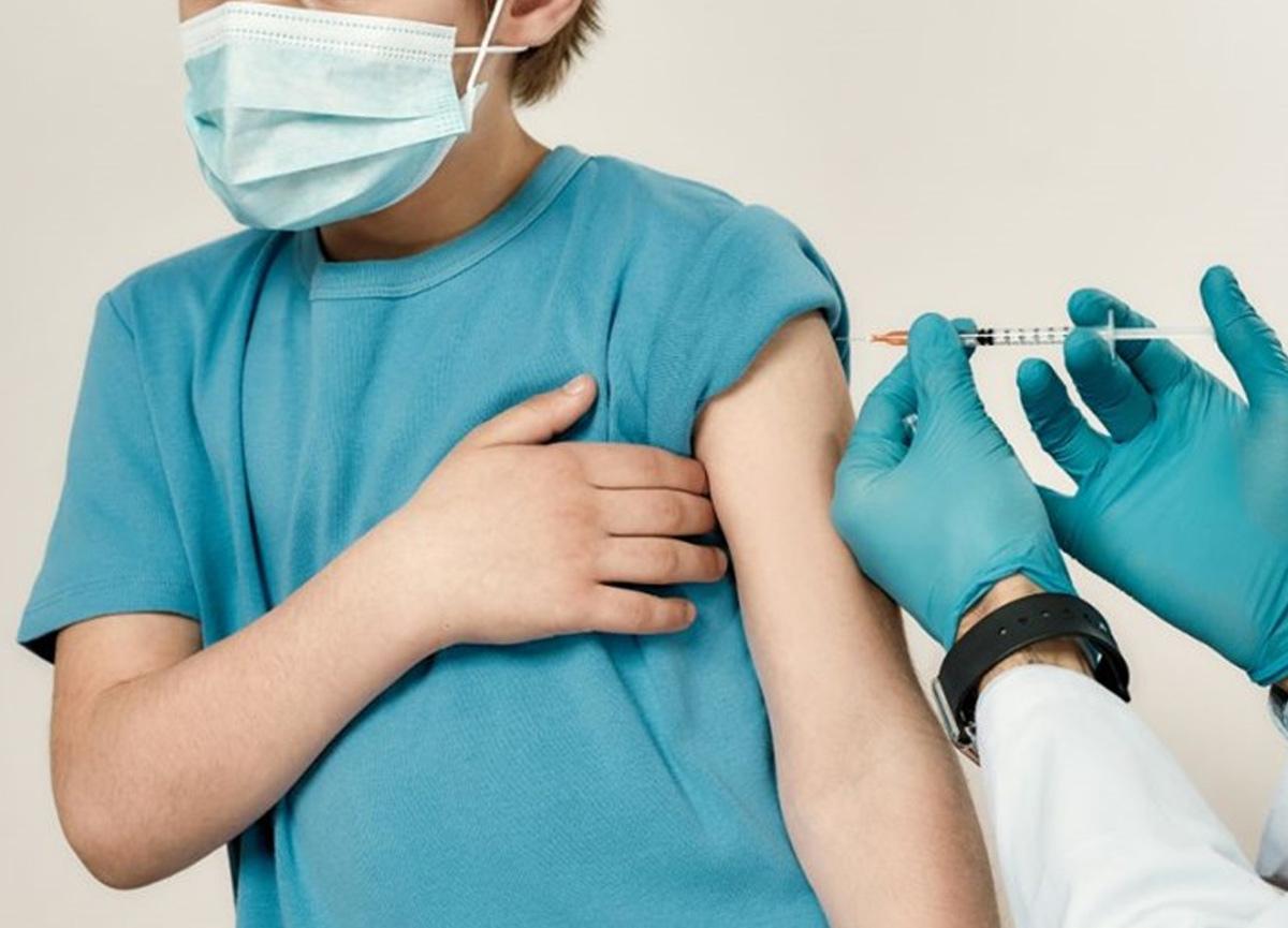 12 yaş ve üstüne COVID 19 aşı randevuları sisteme tanımlandı