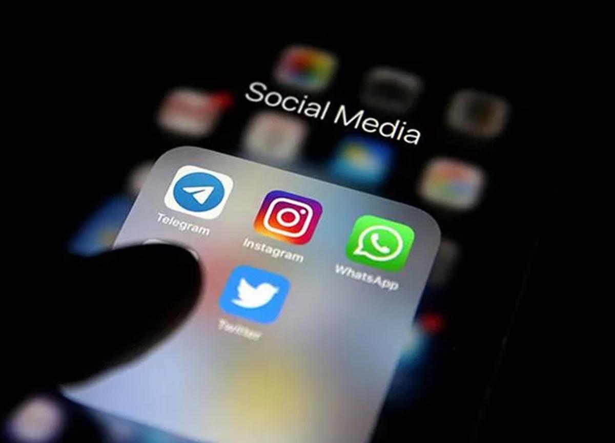 Sosyal medya düzenlemesiyle ilgili yeni gelişme! Singapur modeli de mercek altına alındı