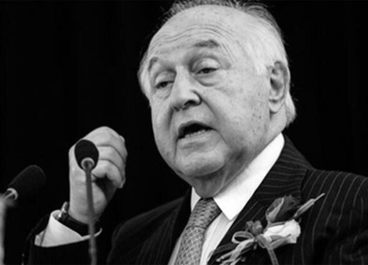Galatasaray eski başkanı Duygun Yarsuvat hayatını kaybetti!