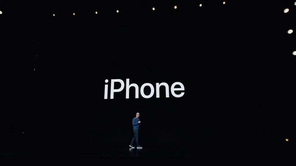 iPhone 13 tanıtıldı: İşte Türkiye fiyatı ve özellikleri (Apple iPad ve Smart Watch'u tanıttı)