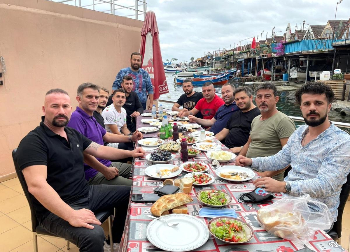 Abdulkadir Ömür, Trabzonsporlu taraftarlarla bir araya geldi