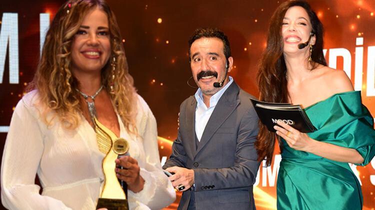 Esra Sönmezer'den Mustafa Üstündağ'a: Sunuculuğu bırakın!