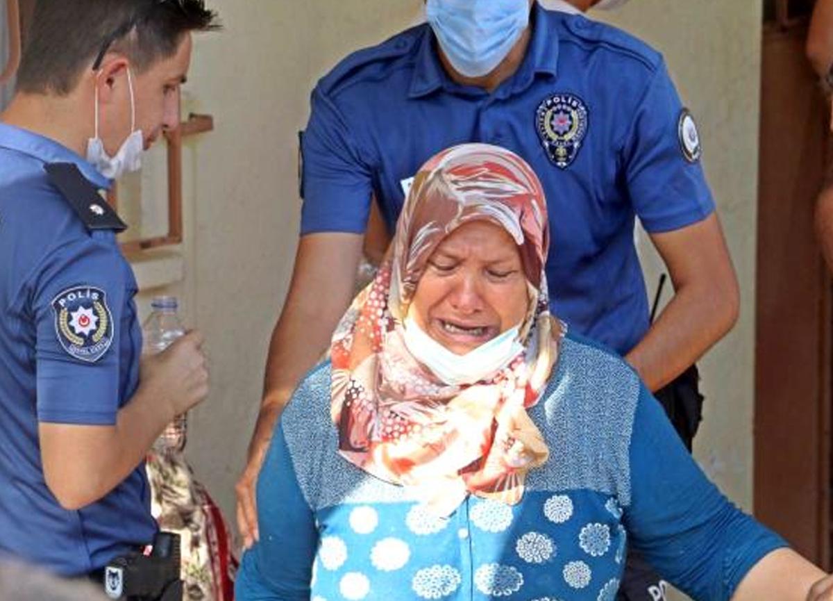 Boğazına bıçağı dayadı, anne ve babasını gözyaşlarına boğdu