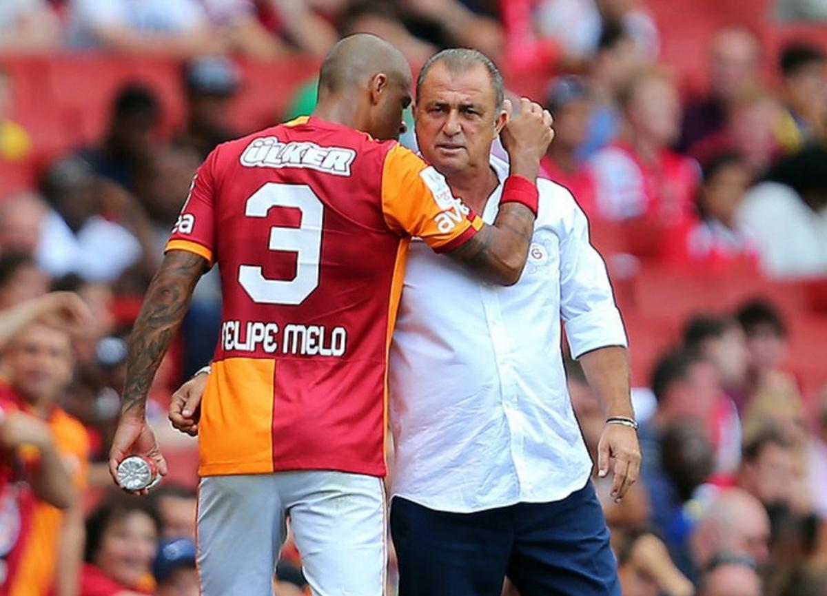 Felipe Melo'dan Galatasaray'a destek mesajı: Aslanlara güvenin, toparlayacaklar