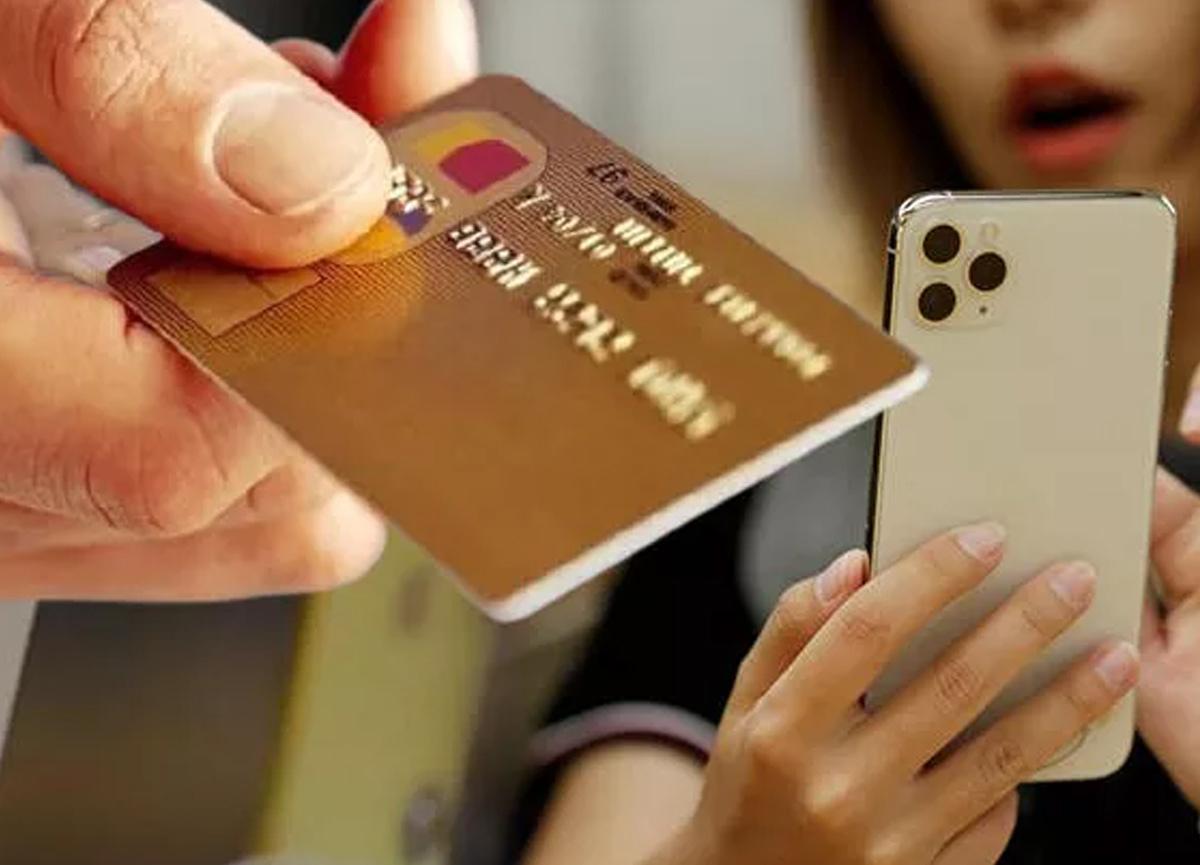 iPhone kullanıcılarına uyarı: 'Kredi kartınızı hemen kaldırın!'
