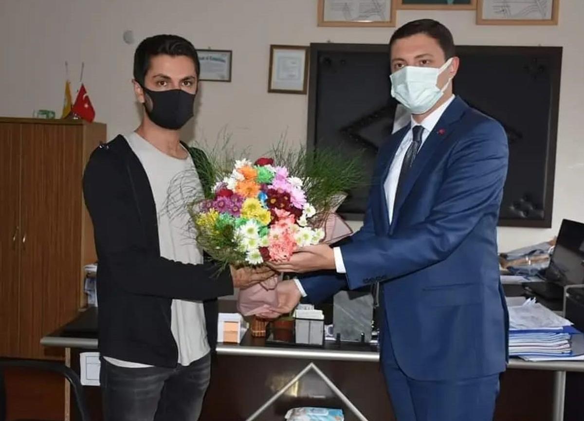 Öğretmeni sınıftan kovduğu iddia edilen kaymakam Mehmet Faruk Saygın özür diledi
