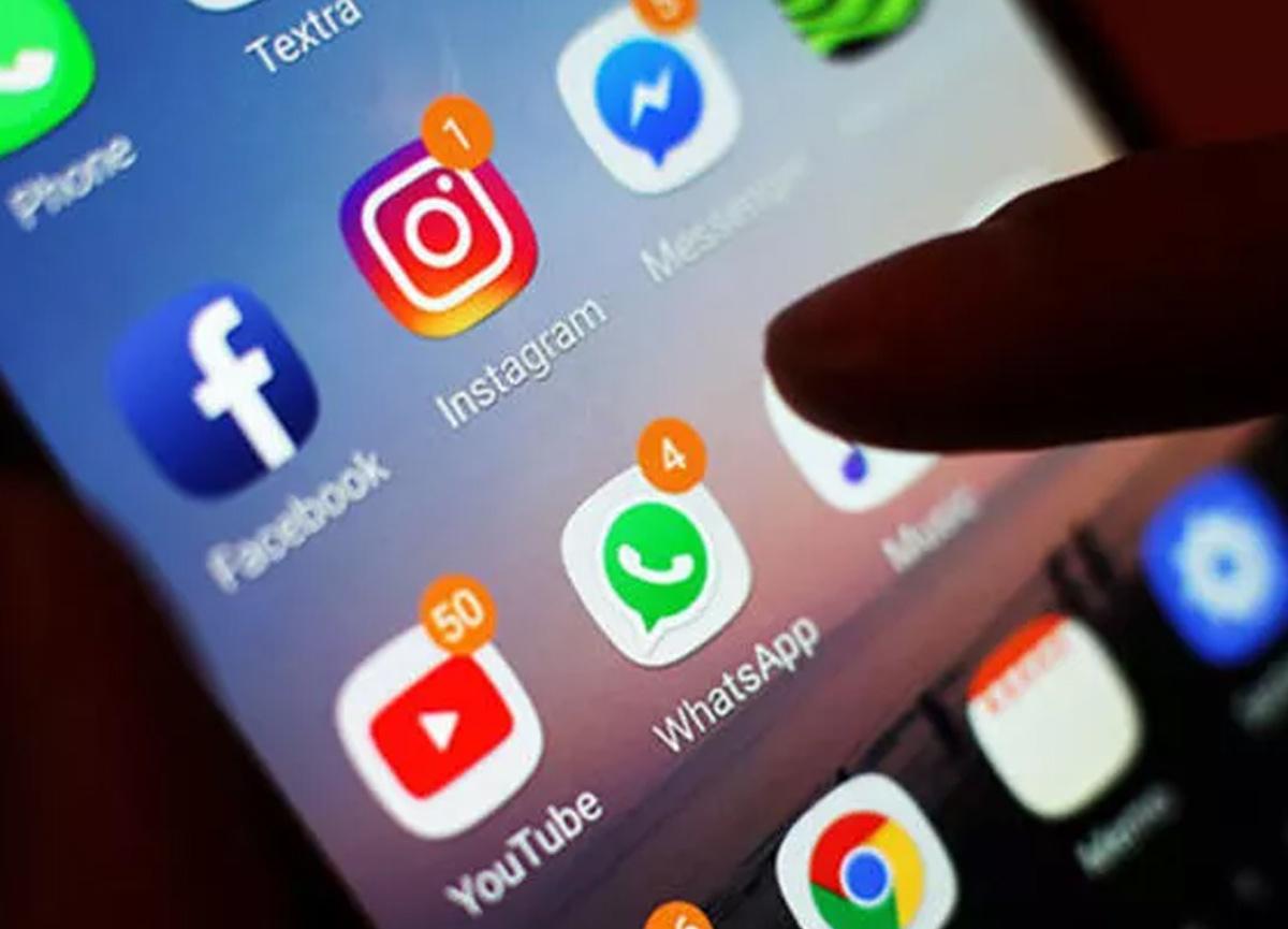 WhatsApp, Instagram ve Facebook çöktü! İlk açıklama geldi