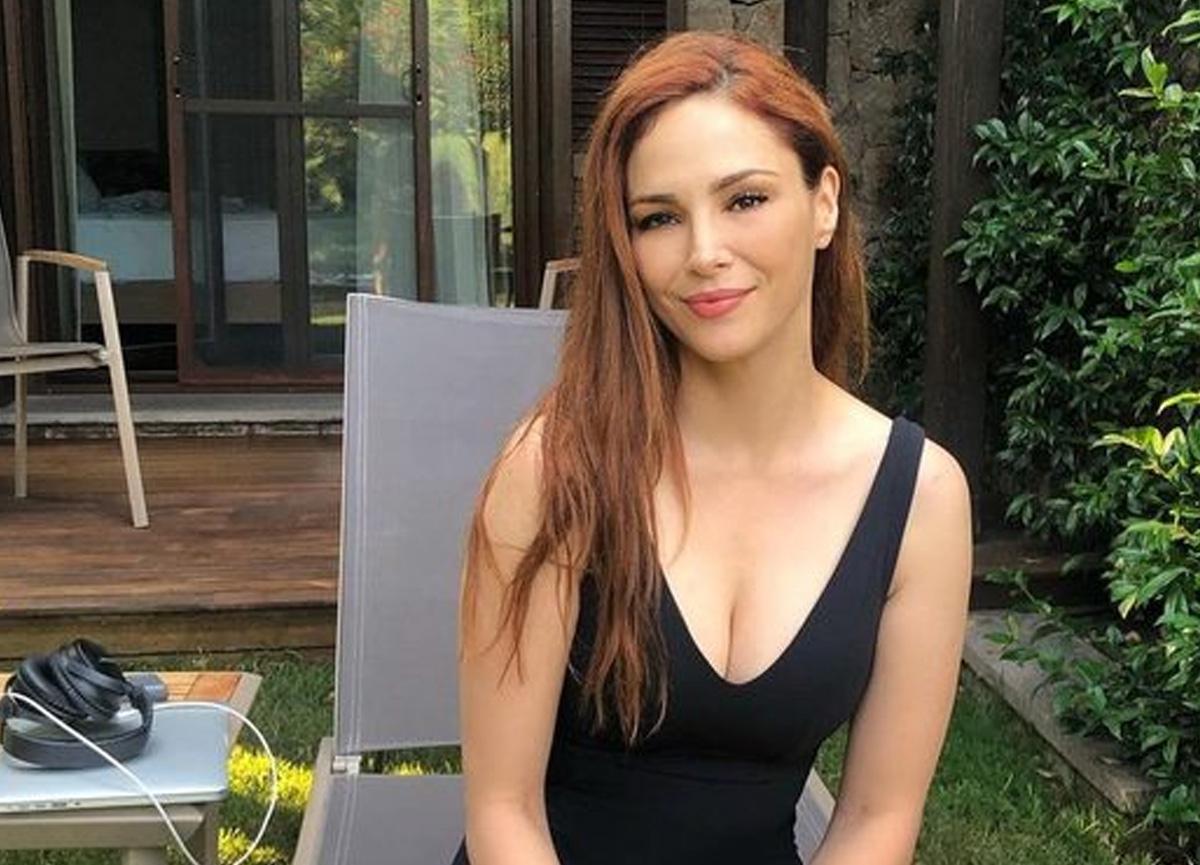 Mine Tugay'dan bikinili yaza veda paylaşımı!