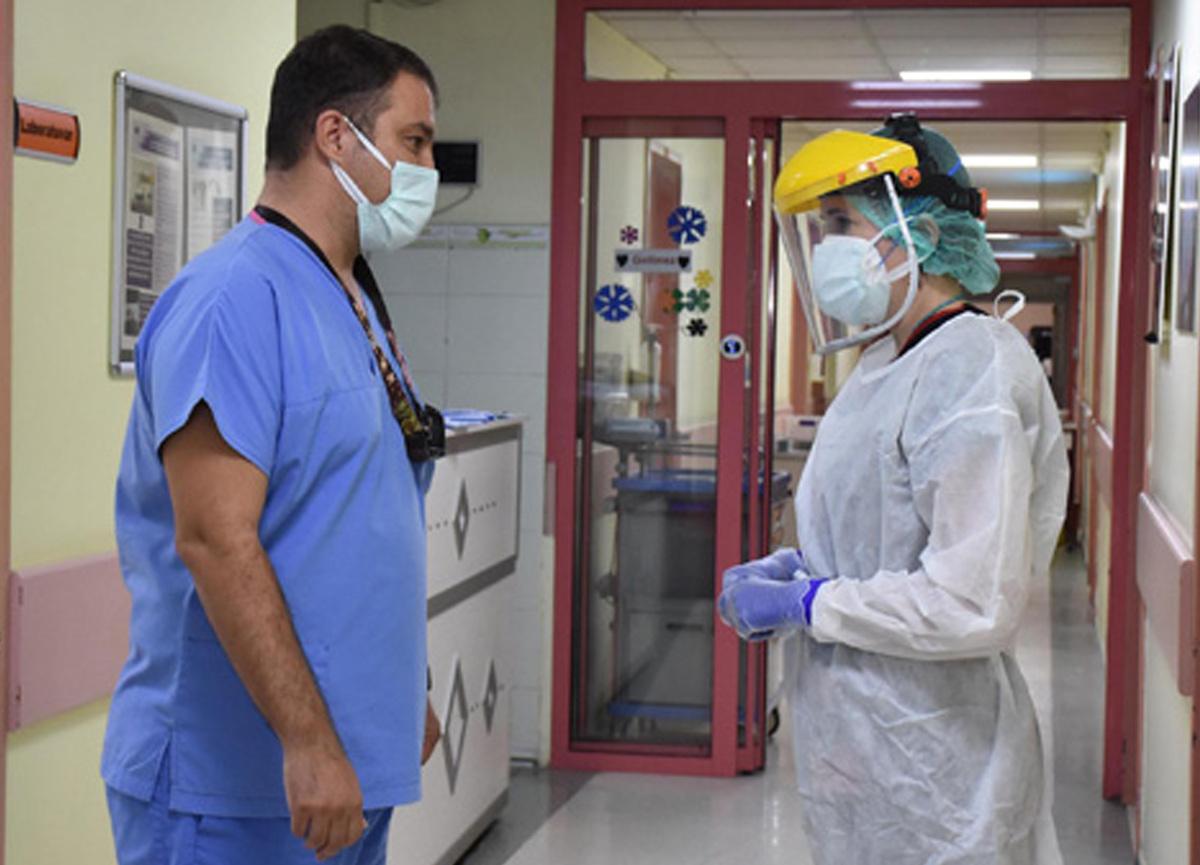 Prof. Dr. İlker Devrim'den 12 yaş üzeri çocuklar için 'aşı' çağrısı