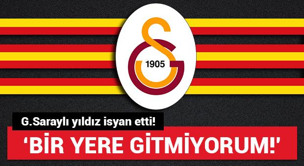 Galatasaraylı yıldızdan 'Gitmiyorum' mesajı