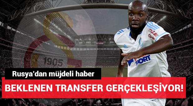 Galatasaray'da beklenen transfer gerçekleşiyor!