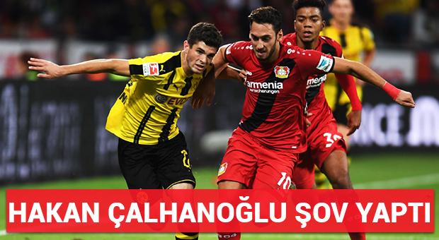 Hakan Çalhanoğlu şov yaptı!