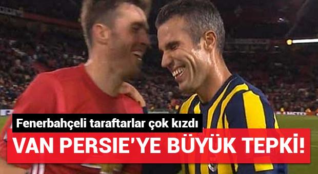 Van Persie Fenerbahçelileri çıldırttı! O görüntü...