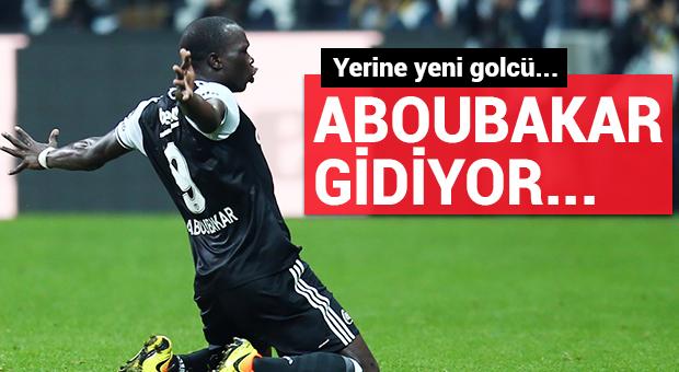 Aboubakar gidiyor...