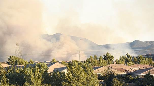 Ünlü aktörün evi  yangında kül oldu